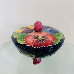 Jewelry ceramic